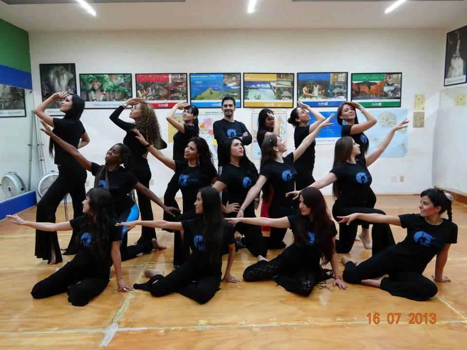 estudiantes de la certificación en danza árabe con yousef constantino y nelly serrano